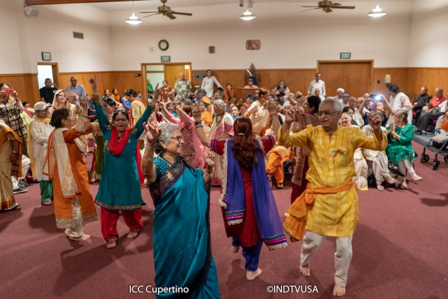 Earlier Indian festival celebrations at ICC-West Valley: People from left to right - Smita Sane (Orange), Sumitra Kapoor (Blue Sari), Romila Ghai (Red and Blue), Swatantra Dhawan (Yellow)