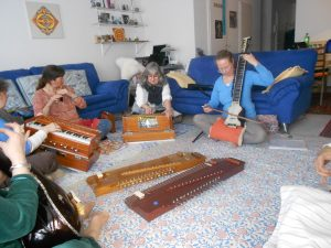 Indian Music Harmonium Class in the Indian Music School, Ludwigshafen.