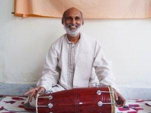 Pradeep plays Drum