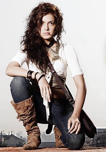 Shazahn Padamsee FHM India