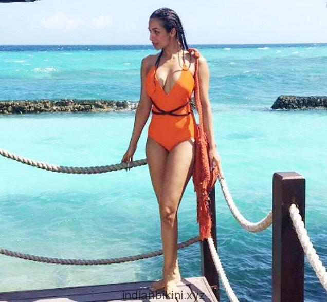 malaika-arora-bikini