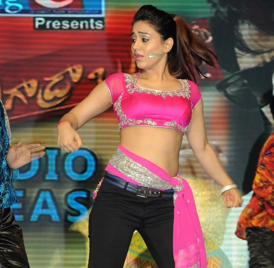 Aksha_023_Aadu Magaadra Bujji_Platinum_Western Dance