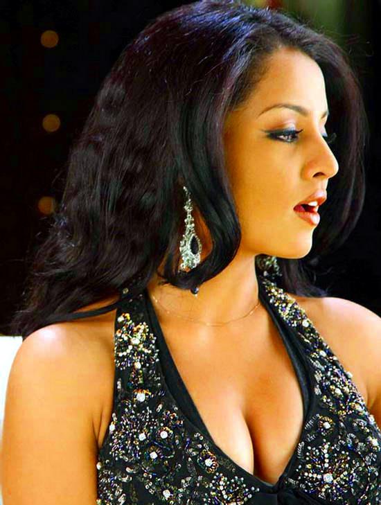 Celina Jaitley_021_MoneyHTHH Shoot