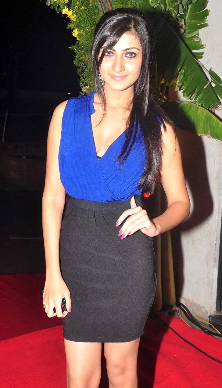 Neelam Upadhyaya_008_Action 3D Function Skirt