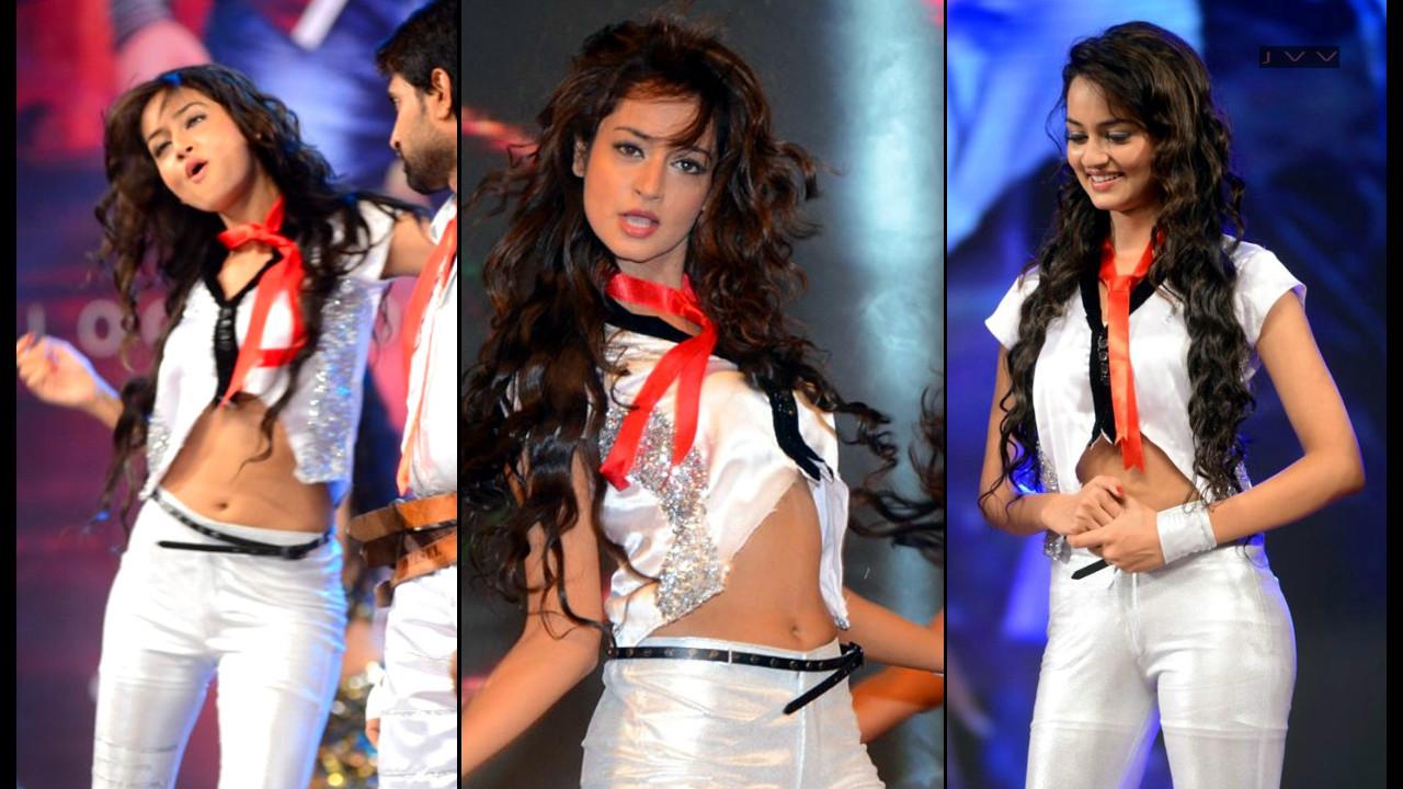 Shanvi Srivastava Tollywood event Hot dance performance