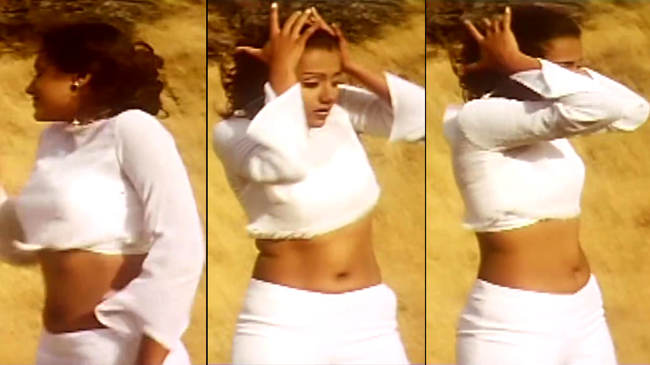 Trisha hot navel show song caps from saamy