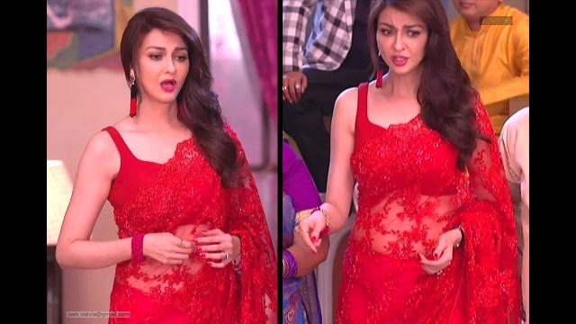 Saumya Tandon_Hindi TV Actress_04_Hot Saree navel Pics