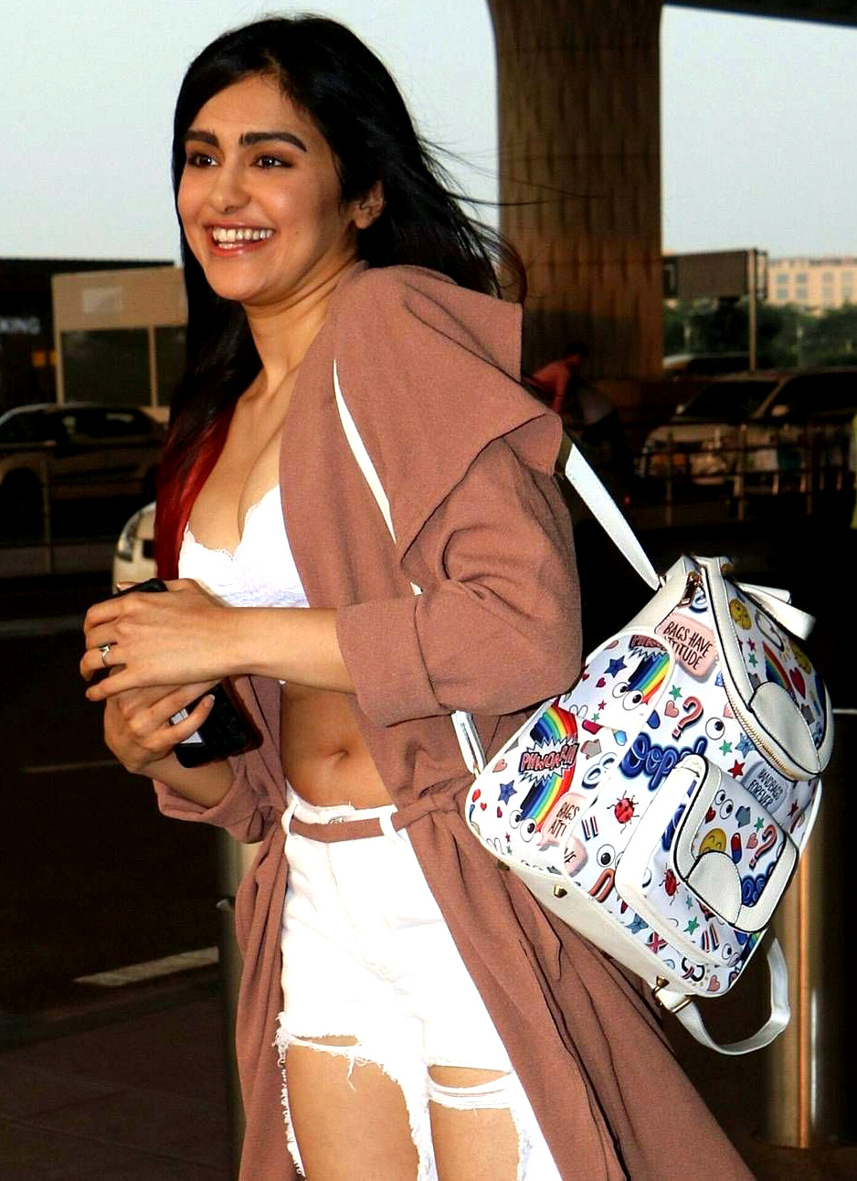 Adah Sharma shows of navel and cleavage - hot paparazzi pics