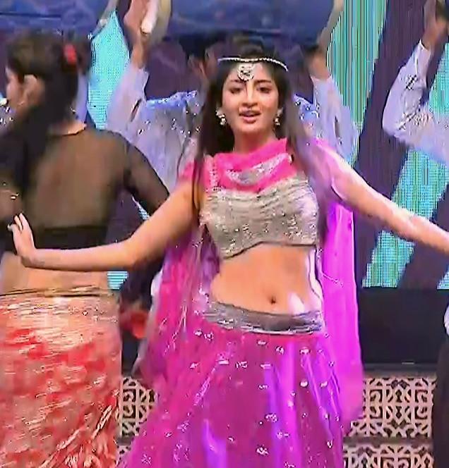 Poonam Kaur_TW Act_Item Dance Performance_10
