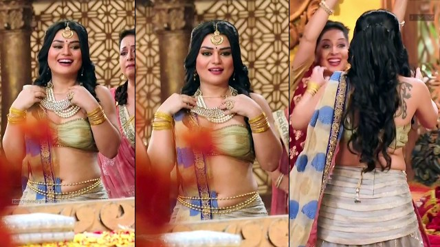 Renee Dhyani_TV Actress_07_Hot navel show pics