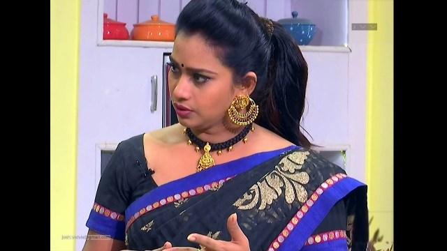 Telugu TV Anchor Cool show_04_Saree Caps photos