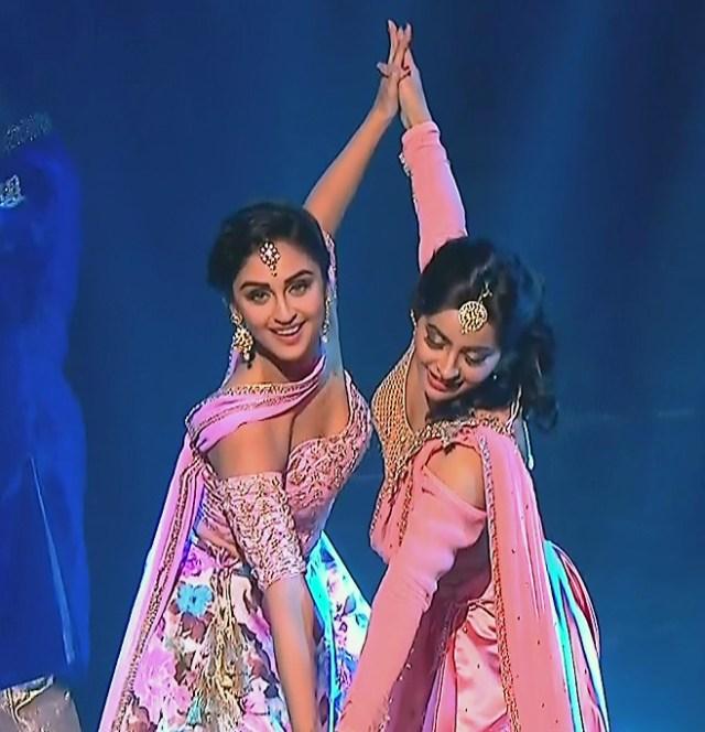 Yukti Kapoor_Hindi TV Actress_102_Lehenga Choli dance Pics