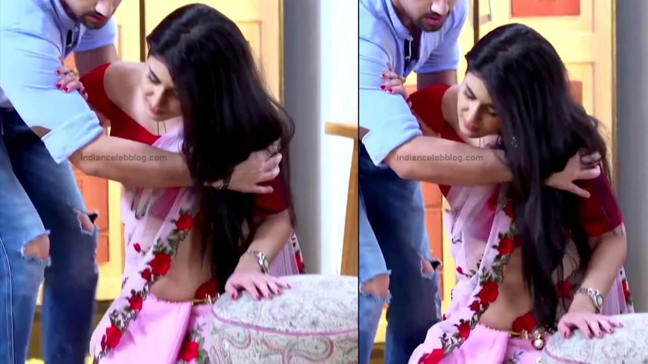 Aditi Rathore_Hindi TV Actress NaamK S3_11_Hot Romance Saree Pics