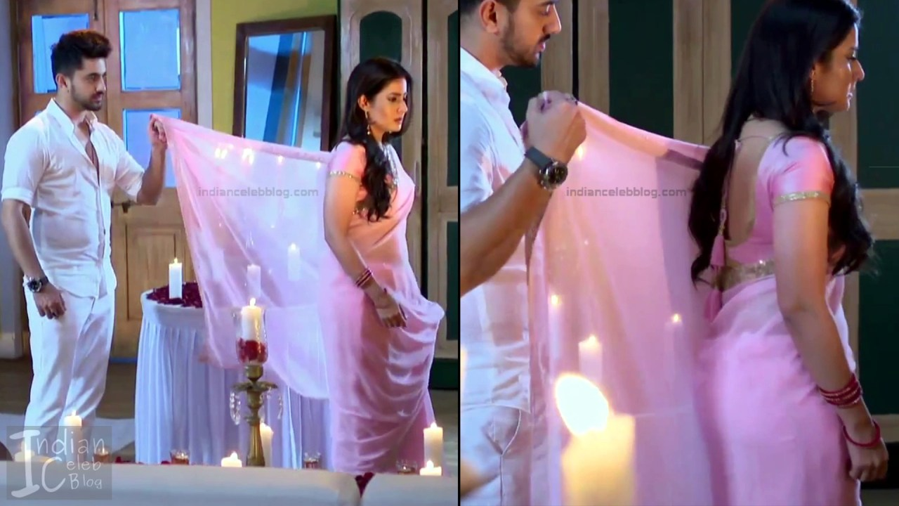 Aditi Rathore_Hindi TV Actress NaamK S3_16_Hot Romance Saree Pics