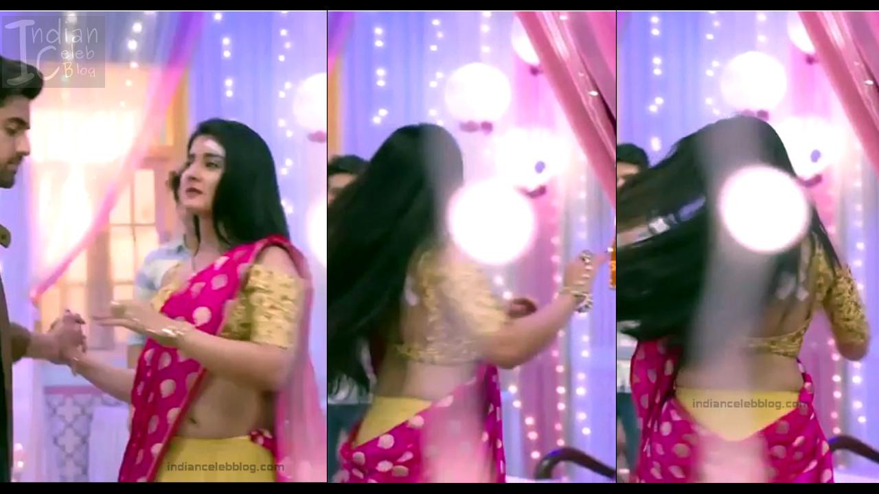 Aditi Rathore_Hindi TV Actress NaamK S3_2_Hot Romance Saree Pics