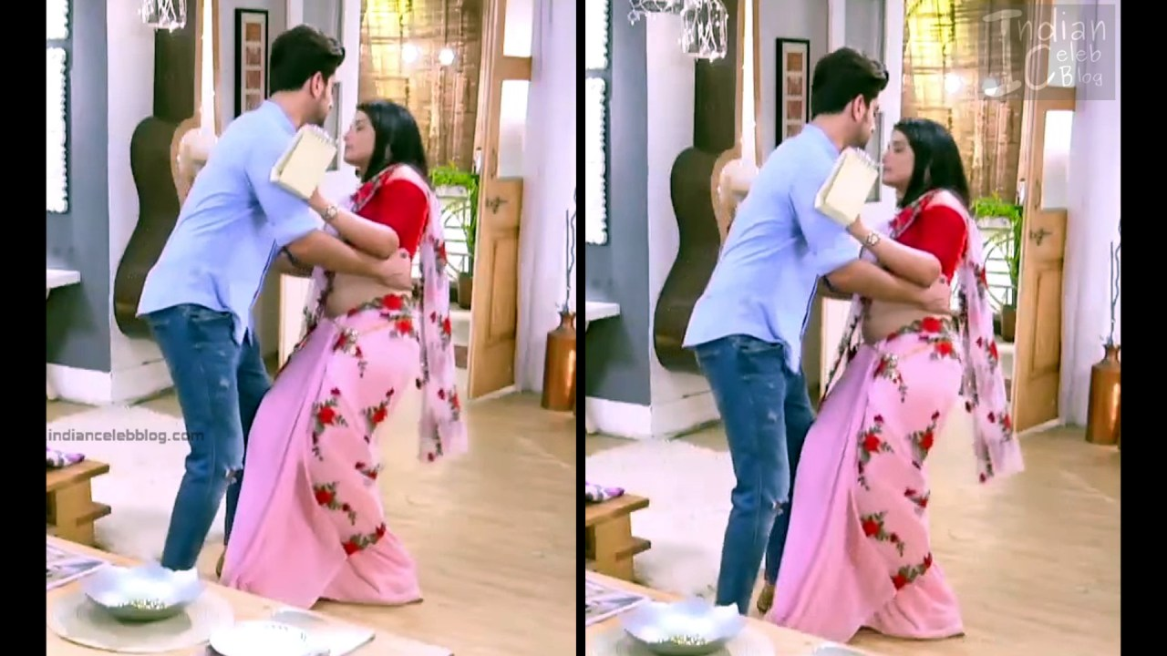 Aditi Rathore_Hindi TV Actress NaamK S3_8_Hot Romance Saree Pics