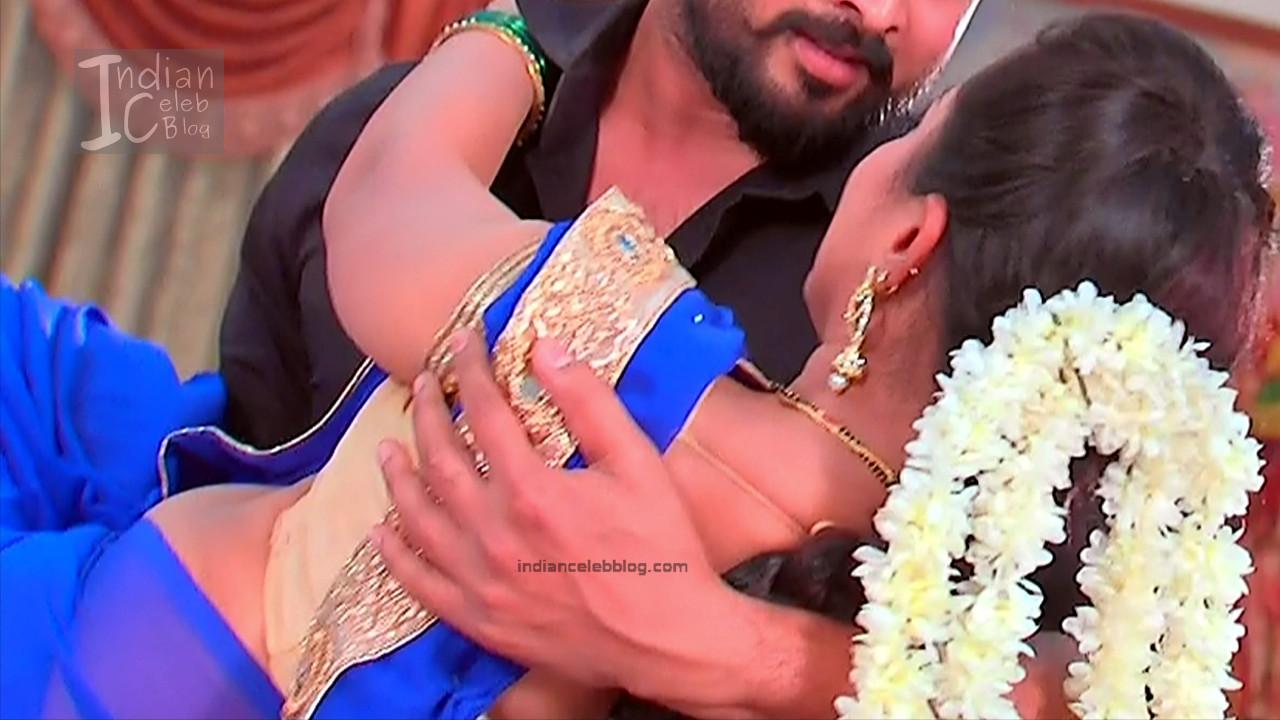 Harshitha_Telugu TV Actress_12_Saree Pics