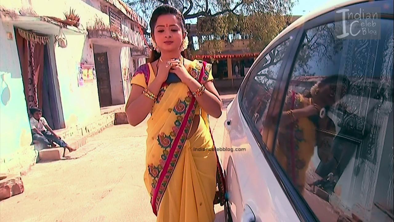 Harshitha_Telugu TV Actress_1_Saree Pics