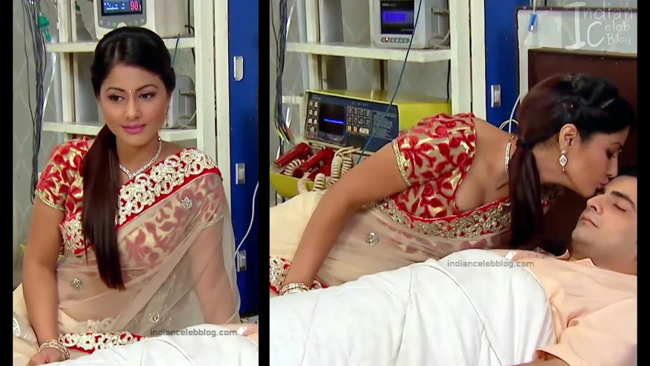 HinaKhan_Hindi TV Actress YRKKH S1_19_Hot Saree navel pics