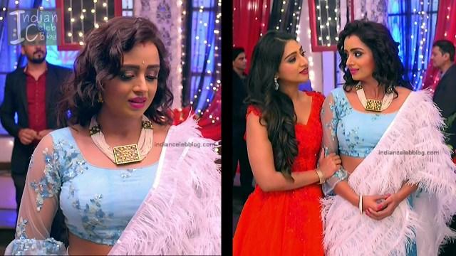 Parul Chauhan_Hindi TV Actress_2_Hot Saree photo