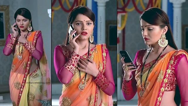 Rubina Dilaik_Hindi TV Actress_6_Hot Transparent saree navel pics
