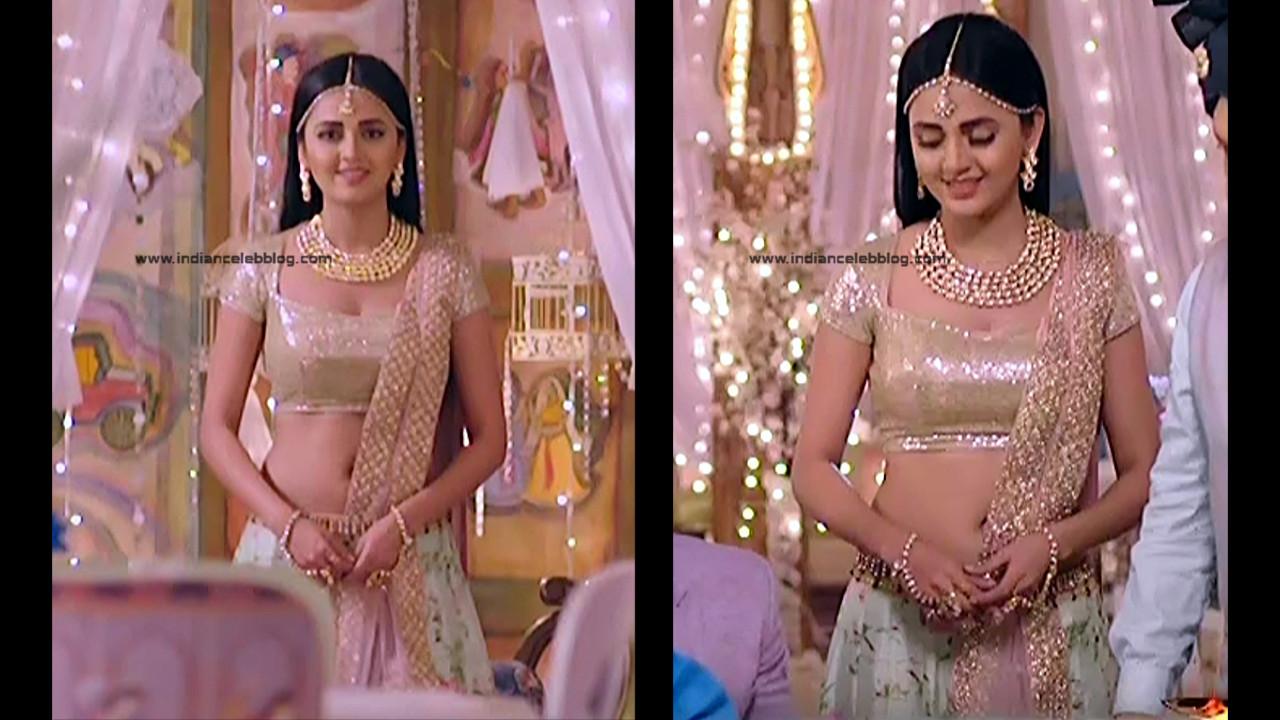 Tejaswo Prakash Wayangakar_Hindi TV Actress_16_Hot Lehenga choli Caps