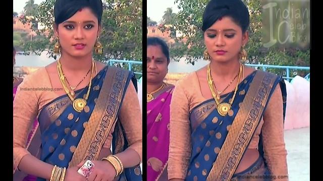 Telugu TV Actress ETV AbhiS_8_Hot Saree navel pics
