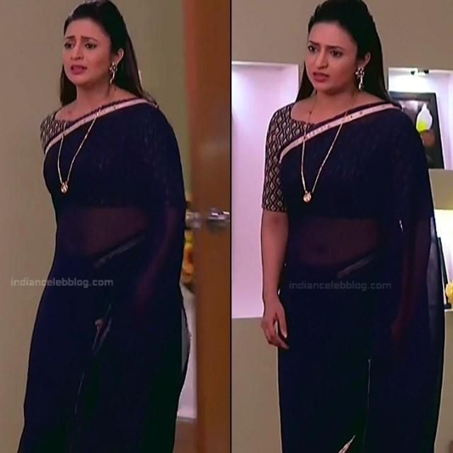 Divyanka Tripathi_Hindi TV Actress YehHM S2_21_Sari Photos