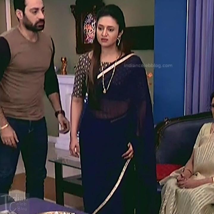 Divyanka Tripathi_Hindi TV Actress YehHM S2_23_Sari Photos