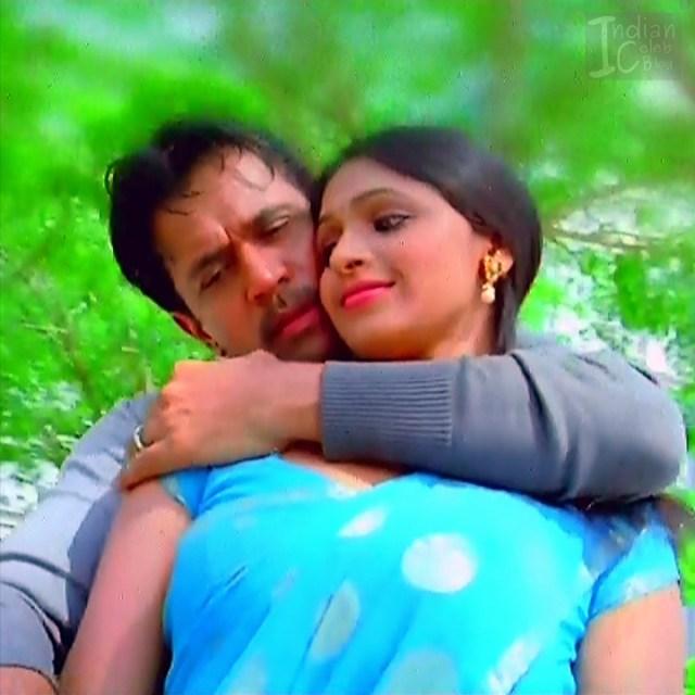 Hema_Tamil Actress_7_Hot Saree Pics