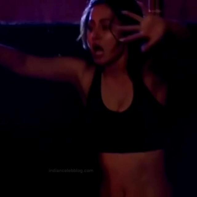 Hina Khan_Hindi TV Actress_6_Khatron game show photos