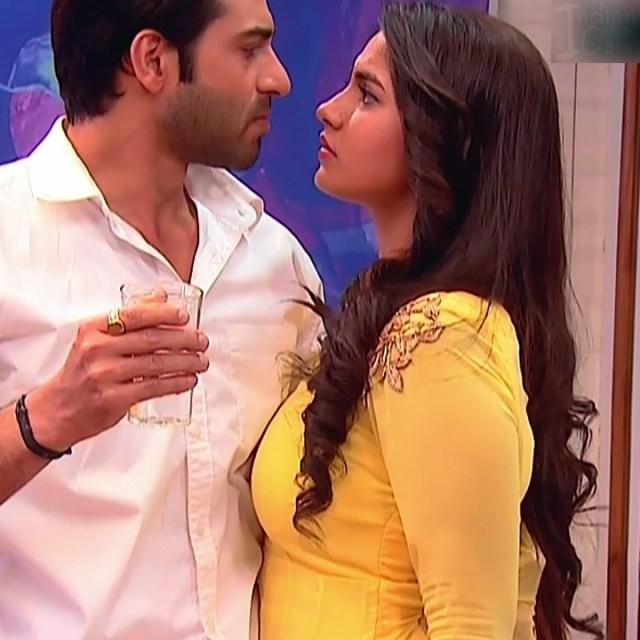 Meera Deosthale_Hindi TV Actress Udaan-S2_10_Hot images