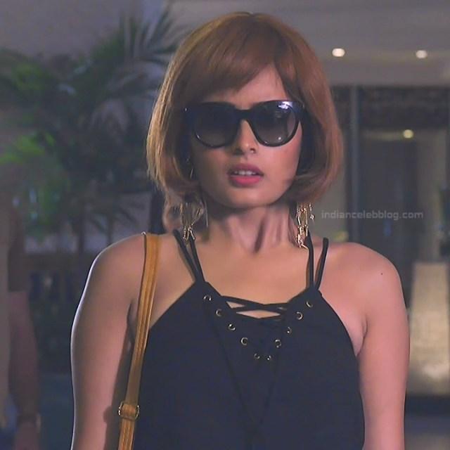 Rhea Sharma_Hindi TV Actress TuSMP-S4_8_Hot Pics