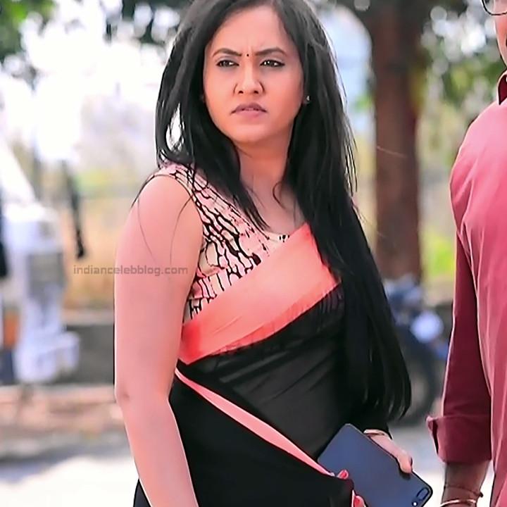 Sindhu Kalyan_Kannada TV Actress PuttaGM-S1_1_Hot Saree pics