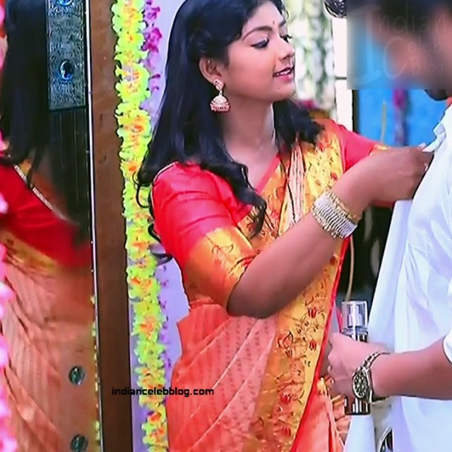 Bhoomi shetty kannada serial actress KinNS2 2 Hot saree photo