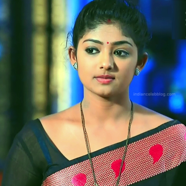 Bhoomi shetty kannada serial actress KinNS2 27 Hot saree photo