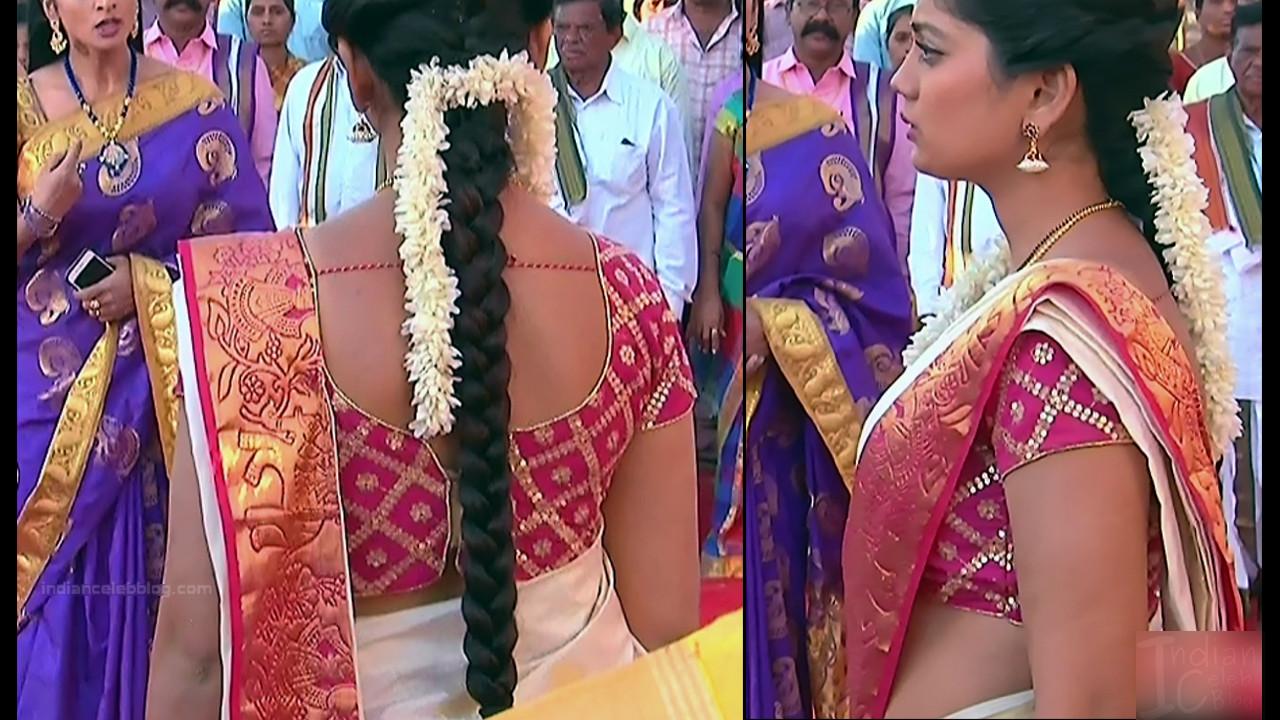 Karuna Telugu serial actress AbhiSS2 7 hot saree photos