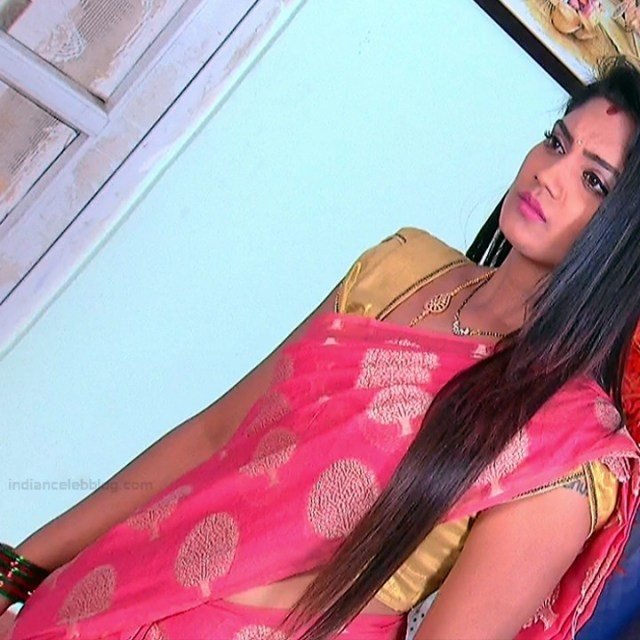 Karuna Telugu serial actress AbhiSS2 8 hot saree photos