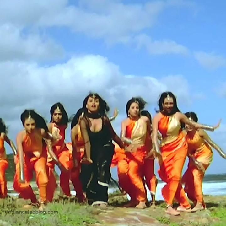 Rani Mukherji Hot movie stills S2-2 2 Har dil jo