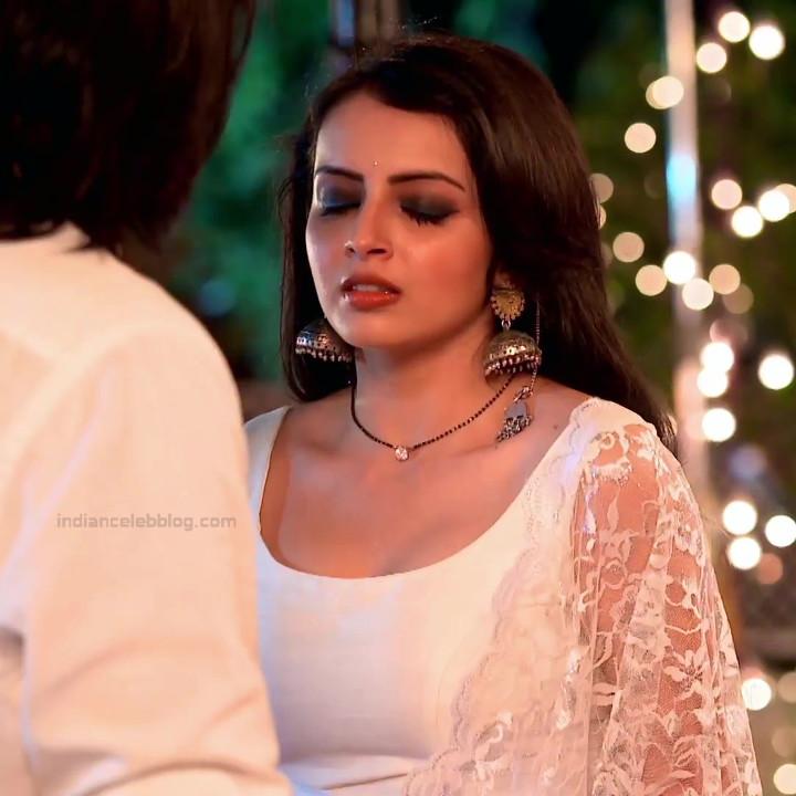 Shrenu Parikh_Hindi TV Actress Ishqbaaz S3_11_Hot Lehenga Pics