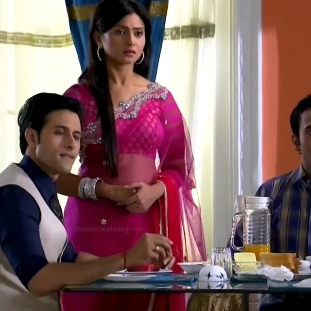 Aleeza Khan Hindi TV Actress SavDS1 1 Hot Saree caps