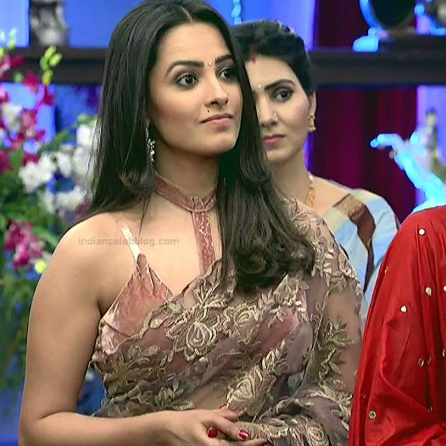 Anita Hassanandani Hindi TV actress YehHMS3 22 hot transparent sari pics