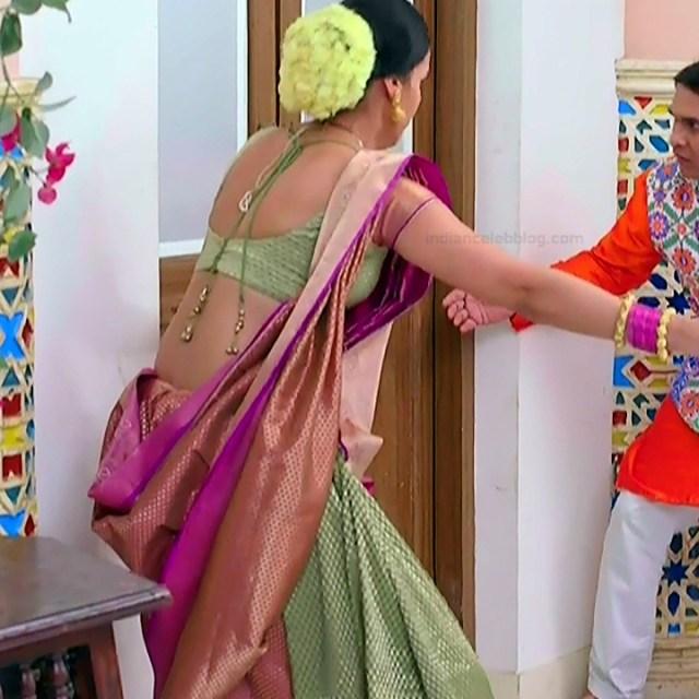 Astha Agarwal Hindi TV Actress KyaHMPS1 3 hot backless saree pics