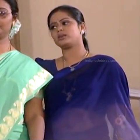 Devipriya Tamil TV actress VKCompS1 17 hot saree pics