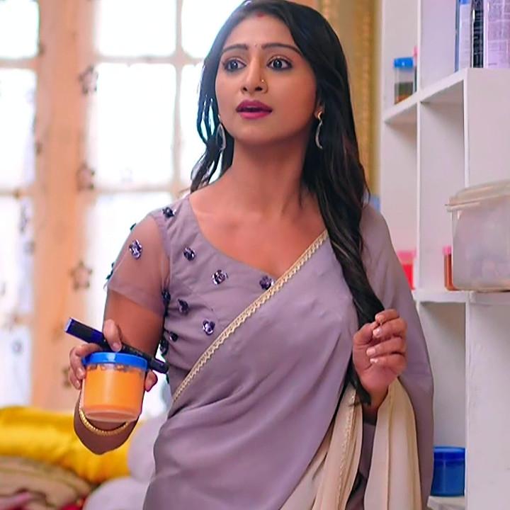 Mohena singh hindi serial actress Yeh RKKHS3 17 hot saree pics