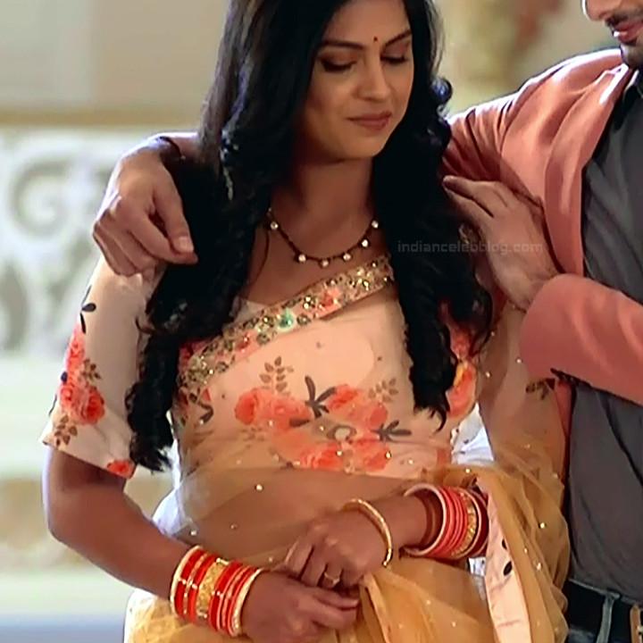 Swarda Thigale Hindi serial actress SavitriDCHS2 1 hot sari photos