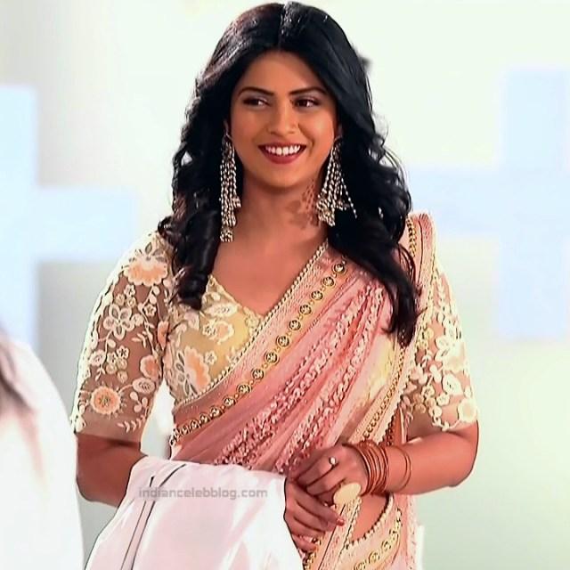 Swarda Thigale Hindi serial actress SavitriDCHS2 13 hot sari photos