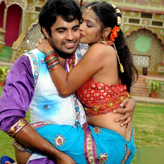 Anusri Telugu TV Gandikotalo movie pics 10