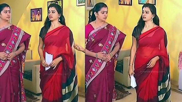 Divya Tamil serial actress Sumangali S33 hot sari photos