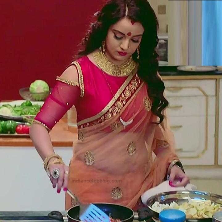 Hindi TV Actress Sasural simar ka 1 hot saree caps